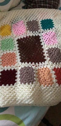 White and brown knitted textile