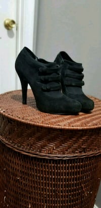 Pair of black Jessica Simpson booties Woodbridge, 22193