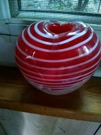 white and red ceramic bowl Lowell, 45744