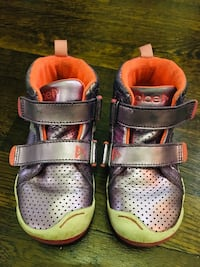 PLAE MAX SNEAKER. Size 10 New York, 10016