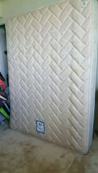 white and gray quilted mattress Bowie