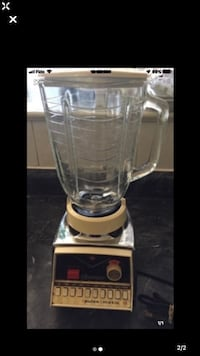 Blender Oster Great Condition Toronto, M4A 2K5