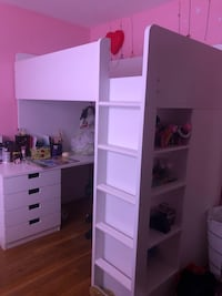 Ikea loft bed with 4 drawers and shelves 香农城堡, 15234