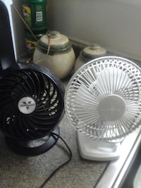 two black and white desk fans Alexandria, 22306