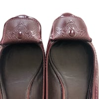 Elie Tahari | Burgundy Patent Flats | Size 38 Montreal