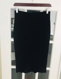 Icone- Knit skirt purchased at Simons, size small. Paid 79$ Montréal, H1J