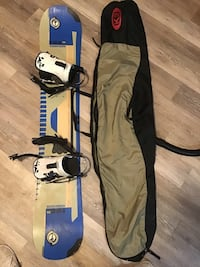White and blue snowboard with bindings Akron, 44301