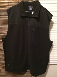 Men's extra large fleece vest