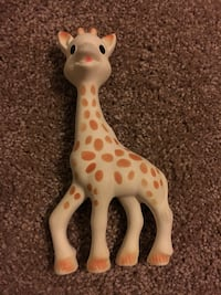 Sophie the giraffe teething toy Fairfax, 22030