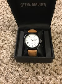 Unisex Watch with Leather band Laurel