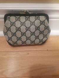 Authentic Gucci cosmetic  bag  Toronto, M9R 3N8