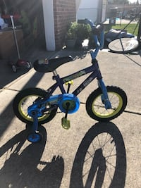 Toddler's blue and white bicycle with training wheels Warren, 48089