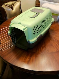 Small pet carrier Surrey, V3R 0W2