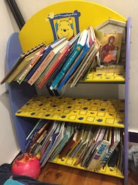 Kids shelf Harris Park, 2150