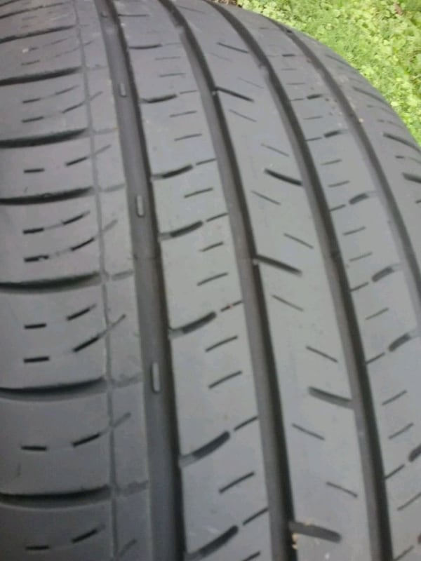 Pair of tires ..... 215 55 17 2