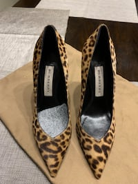 Pair of black-and-brown leopard print pumps Burberry new Leesburg, 20176