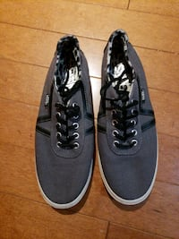 pair of black Vans low-top sneakers Manassas, 20110