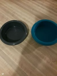 Medium sized cat food and water bowl Phoenix, 85043
