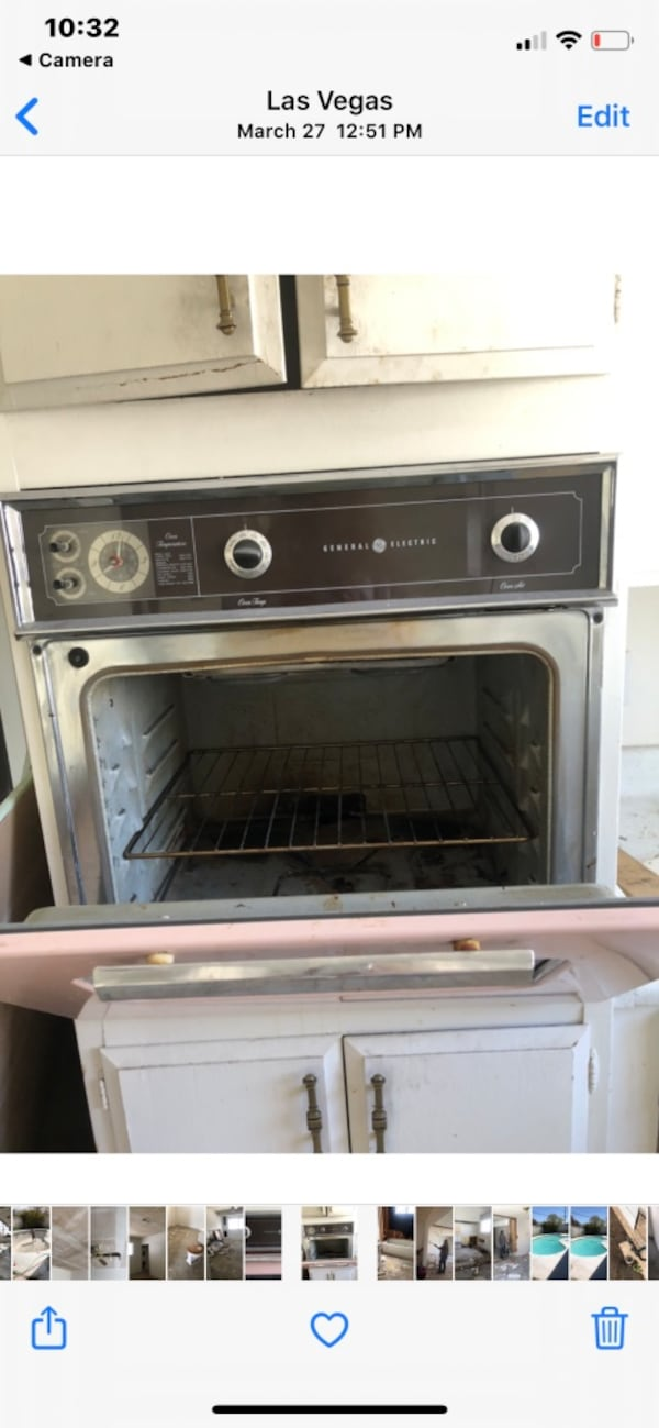 Vintage Pink Electric wall oven- GE e3016cd8-c1f7-4136-a6d2-3a0b406946fb