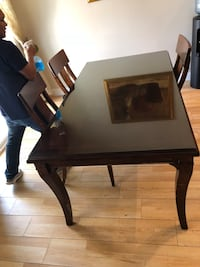 Large dining table  Modesto, 95355