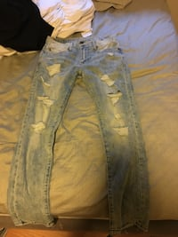 American eagle blue jeans  Toronto, M9C 2X5