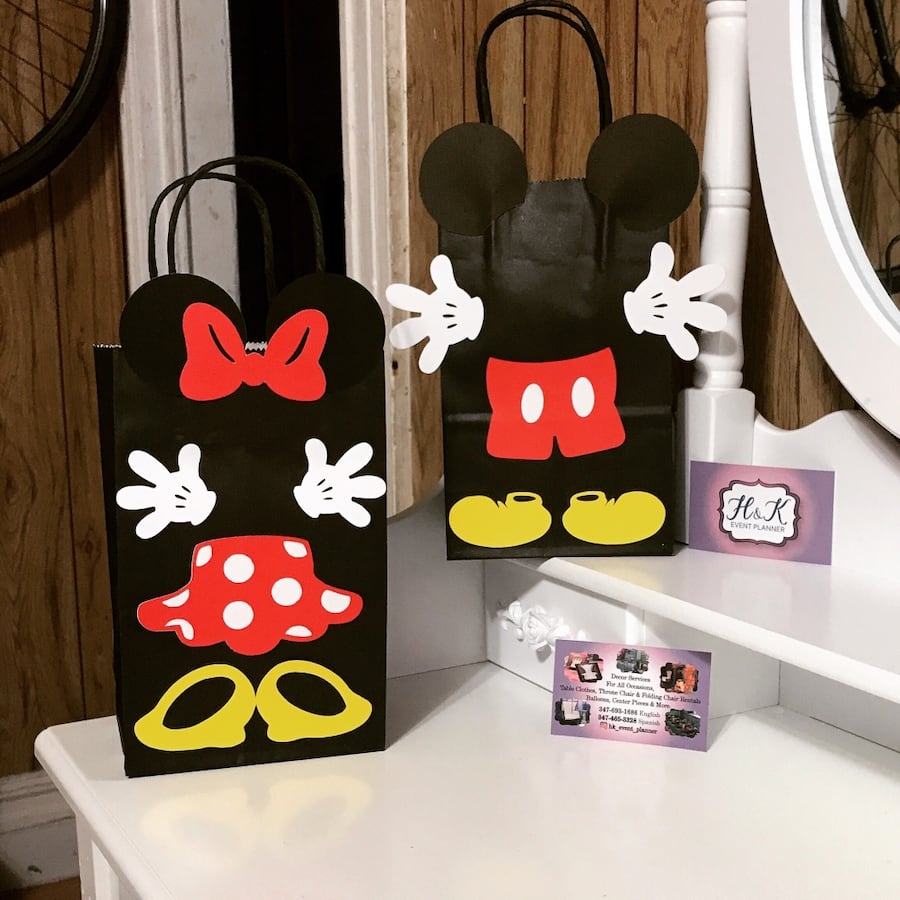 Favor bag .Mickey and Minnie Birthay party favor