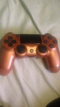 Ps4 controller Brand new 50$ Pickering, L1W 2P1