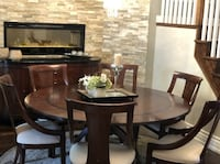 Beautiful Round Dining Table Set  Toronto, M4L 3Y7