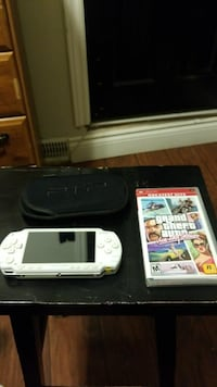 USED 1st gen PSP with GTA Vice City & Pocket