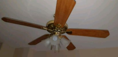 Ceiling fan good condition