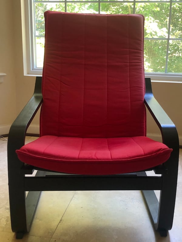 Red and black chair 0