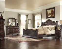 Ashley Furniture bedroom set valued at $5000+ priced to sell at $500–must pick up