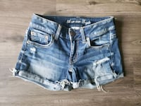4 pairs of Ladies American Eagle shorts size 00 Guelph, N1G 1V4