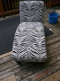 Black and white fabric lounge chair Alexandria, 22315