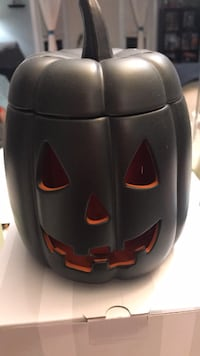 Jack Scentsy warmer!  St Catharines, L2M 6E3
