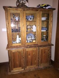 Hutch, 2 pc custom built, solid furniture. Matching table available Willis, 77318