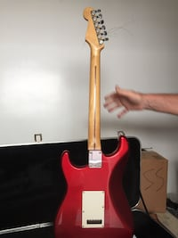 red and white stratocaster electric guitar Redondo Beach, 90278