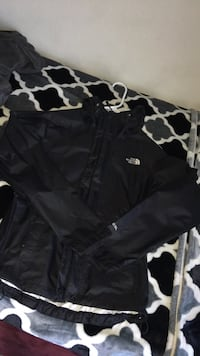 The North Face Windbreaker  Redwood City, 94062