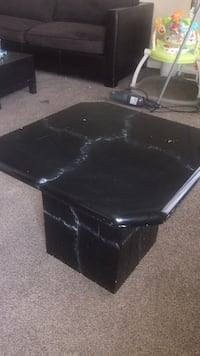 End table|Pick up only Edmonton, T5T 3T1