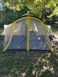 8 Person Tent with sScreened In Porch