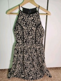 Black and white bar III summer dress size S/P Columbia, 21045