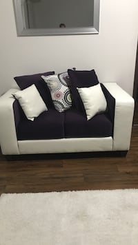 Purple and white leather loveseat St. Louis, 63112