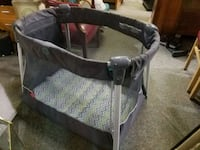 baby's gray and white bassinet Forest Hill, 21050