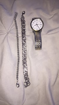 mens watch and bracelets  Frederick, 21701