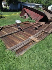 Oak barn siding all kinds of beams all free East Fultonham, 43735