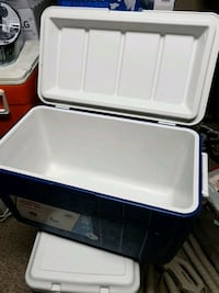 blue and white plastic cooler