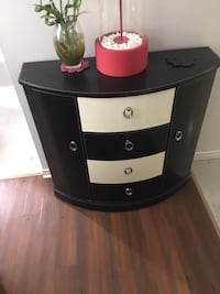 black and white wooden 3-drawer chest 728 km