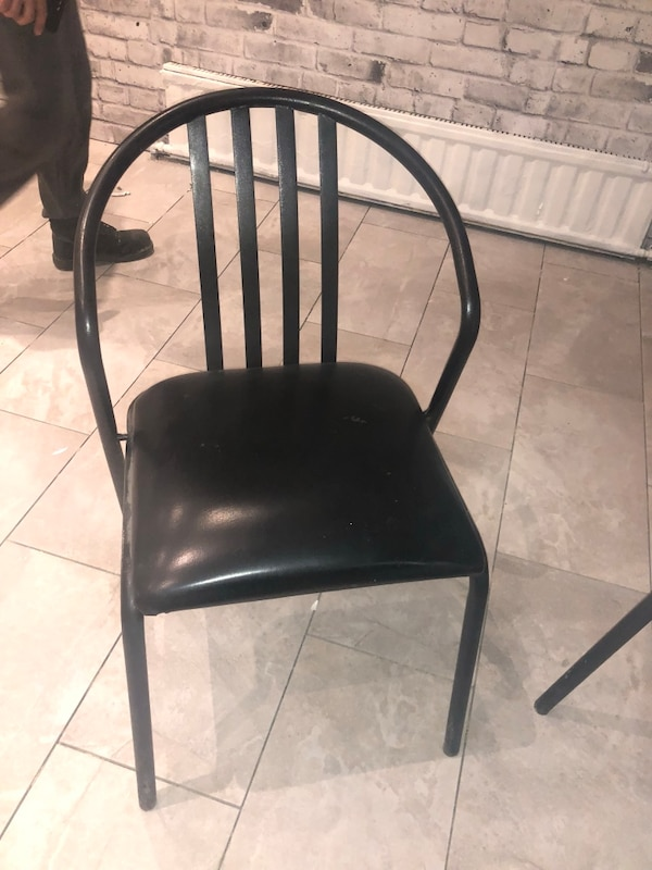 BLACK LEATHER METAL RESTAURANT CHAIRS