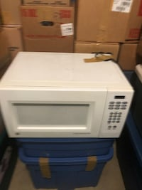 white General Electric microwave oven Washington, 20002