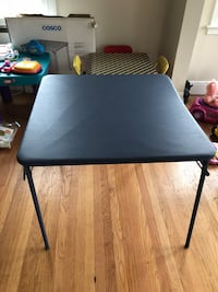 Kids table  Bowie, 20721